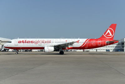 AtlasGlobal Airlines (Turkey) Airbus A321-211 TC-ATE (msn 675) AYT (Ton Jochems). Image: 929738.