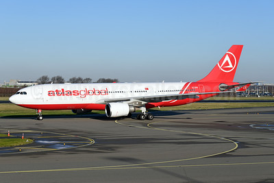 AtlasGlobal Airlines (Turkey) Airbus A330-203 TC-AGD (msn 819) AMS (Ton Jochems). Image: 949066.