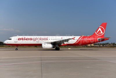 AtlasGlobal Airlines (Turkey) Airbus A321-211 TC-ETV (msn 1950) AYT (Ton Jochems). Image: 942530.