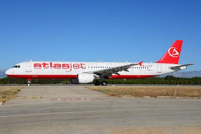 Atlasjet Airlines Airbus A321-211 TC-ATB (msn 1503) AYT (Ton Jochems). Image: 913703.