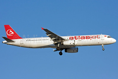 Atlasjet Airlines Airbus A321-131 TC-TUC (msn 614) AYT (Ole Simon). Image: 903358.