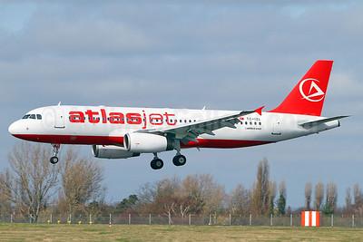 Atlasjet Airlines Airbus A320-233 TC-IZL (msn 1730) SEN (Keith Burton). Image: 913707.