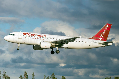 Corendon Airlines (SmartLynx Airlines) Airbus A320-214 YL-LCL (msn 533) ARN (Stefan Sjogren). Image: 923237.