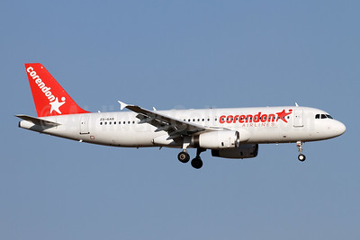 Corendon Airlines (Global Aviation) Airbus A320-231 ZS-GAR (msn 053) AYT (Andi Hiltl). Image: 947273.