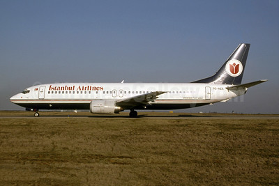 Istanbul Airlines Boeing 737-4Y0 TC-AZA (msn 24691) (Bruce Drum Collection). Image: 954433.