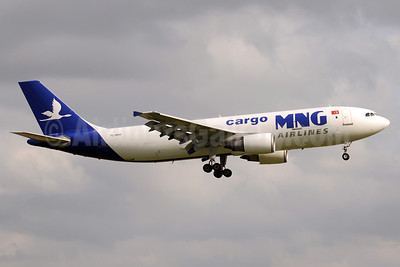 MNG Airlines Cargo Airbus A300C4-605R (F) TC-MNV (msn 758) MAN (Rob Skinkis). Image: 908179.