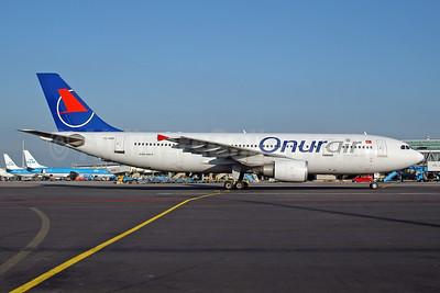 Onurair Airbus A300B4-605R TC-OAB (msn 749) AMS  (Ton Jochems). Image: 952856.