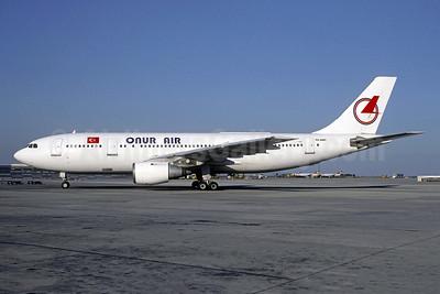 Onur Air (Onurair) Airbus A300B4-203 TC-ONT (msn 138) VIE (Christian Volpati Collection). Image: 952992.