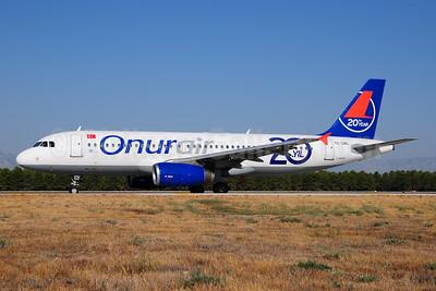 Onurair Airbus A320-232 TC-OBL (msn 640) (20th Year) AYT (Ton Jochems). Image: 952857.