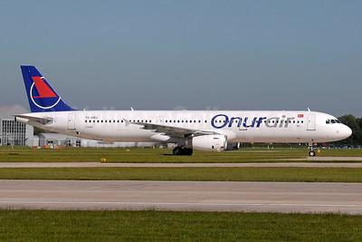 Onurair Airbus A321-231 TC-OBJ (msn 835) MAN (Paul Denton). Image: 938594.