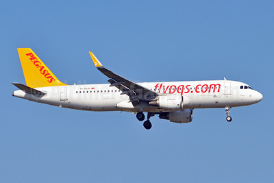 Pegasus Airlines (flypgs.com) Airbus A320-214 WL TC-DCB (msn 5902) AYT (Karl Cornil). Image: 923202.