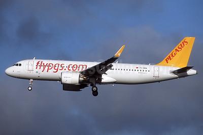 Pegasus Airlines Airbus A320-251N WL TC-NBA (msn 7140) LGW (Robbie Shaw). Image: 937190.