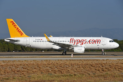 Pegasus Airlines (flypgs.com) Airbus A320-214 WL TC-DCB (msn 5902) AYT (Ton Jochems). Image: 939892.