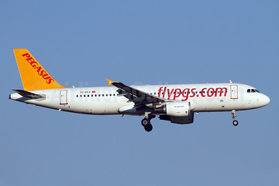 Pegasus Airlines (flypgs.com) Airbus A320-214 WL TC-DCB (msn 5902) AYT (Andi Hiltl). Image: 938626.