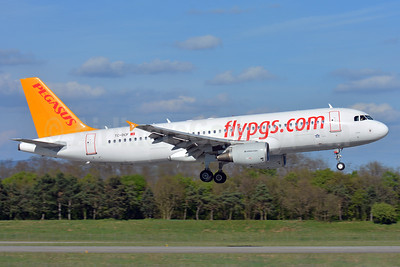 Pegasus Airlines (flypgs.com) Airbus A320-214 TC-DCF (msn 3831) BSL (Paul Bannwarth). Image: 938627.