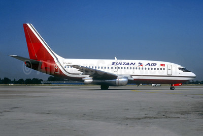 Sultan Air Boeing 737-2K9 TC-JUU (msn 23404) (Midway colors) STR (Christian Volpati Collection). Image: 941560.