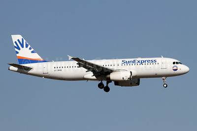 SunExpress Airlines (Avion Express) Airbus A320-232 LY-NVW (msn 2173) AYT (Andi Hiltl). Image: 947075.