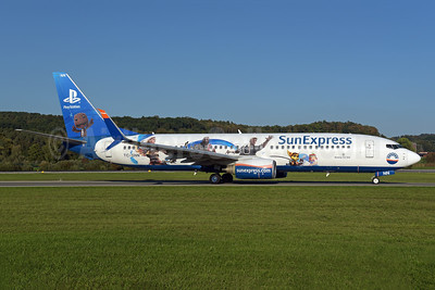 "SunExpress' 2017 ""PlayStation"" logo jet"