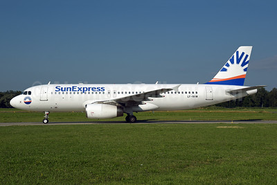 SunExpress Airlines (Avion Express) Airbus A320-232 LY-NVW (msn 2173) ZRH (Rolf Wallner). Image: 947076.