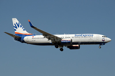 SunExpress Airlines Boeing 737-8CX WL TC-SUI (msn 32367) AYT (Paul Denton). Image: 910811.