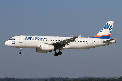 SunExpress Airlines (Avion Express) Airbus A320-232 LY-NVW (msn 2173) ZRH (Andi Hiltl). Image: 947077.