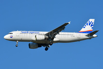 SunExpress Airlines (Avion Express) Airbus A320-214 LY-VEW (msn 1005) BSL (Paul Bannwarth). Image: 943182.