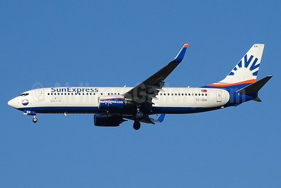 SunExpress Airlines Boeing 737-8HC WL TC-SEK (msn 61172) BSL (Paul Bannwarth). Image: 934591.