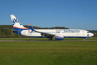 SunExpress Airlines Boeing 737-800 SSWL TC-SOG (msn 61179) (30 years) ZRH (Rolf Wallner). Image: 955477.