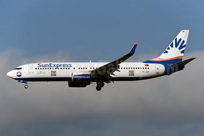 SunExpress Airlines Boeing 737-8AS WL TC-SOP (msn 33562) ZRH (Rolf Wallner). Image: 954461.