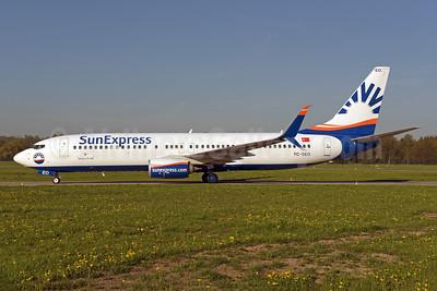 SunExpress Airlines Boeing 737-8HC SSWL TC-SEO (msn 61178) ZRH (Rolf Wallner). Image: 941677.