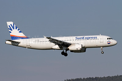 SunExpress Airlines (Avion Express) Airbus A320-233 LY-VEI (msn 902) ZRH (Andi Hiltl). Image: 943599.