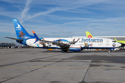 SunExpress' 2017 PlayStation logo jet