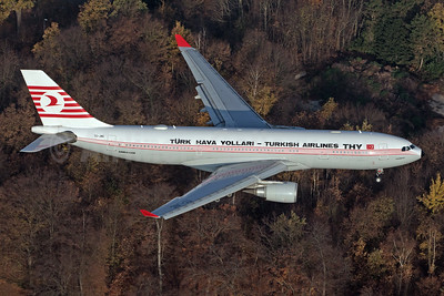 Turk Hava Yollari-THY-Turkish Airlines Airbus A330-203 TC-JNC (msn 742) CGN (Rainer Bexten). Image: 944526.