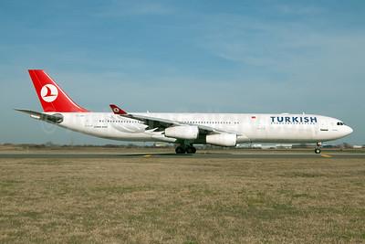 Turkish Airlines Airbus A340-311 TC-JDJ (msn 023) JFK (Fred Freketic). Image: 950140.