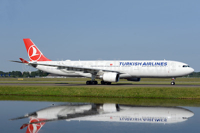 Turkish Airlines Airbus A330-303 TC-JOG (msn 1620) AMS (Ton Jochems). Image: 942844.