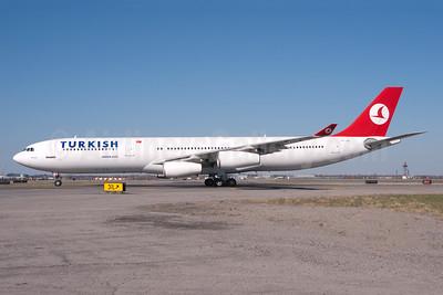 Turkish Airlines Airbus A340-311 TC-JDL (msn 057) JFK (Fred Freketic). Image: 950142.