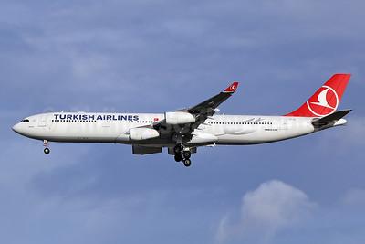 Turkish Airlines Airbus A340-313 TC-JII (msn 331) LHR (Keith Burton). Image: 950143.