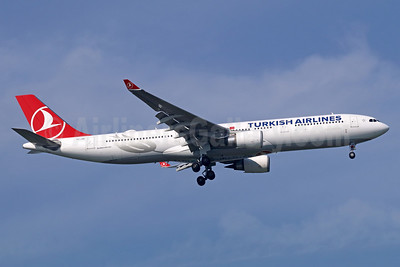 Turkish Airlines Airbus A330-303 TC-JOK (msn 1642) BKK (Michael B. Ing). Image: 938020.