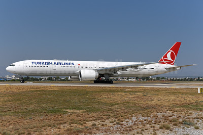 Turkish Airlines Boeing 777-3F2 ER TC-LJH (msn 44129) AYT (Ton Jochems). Image: 939961.