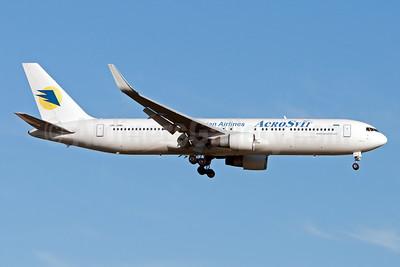 AeroSvit Ukrainian Airlines Boeing 767-322 ER WL UR-DNM (msn 25280) JFK (Fred Freketic). Image: 955454.