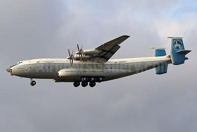 Antonov Design Bureau (Antonov Airlines) Antonov An-22A Antei UR-09307 (msn 043481244) STN (Keith Burton). Image: 925568.