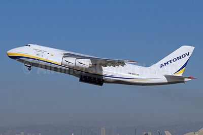 Antonov Airlines Antonov An-124-100 UR-82027 (msn 19530502288) LAX (Michael B. Ing). Image: 941570.