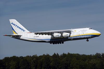 Antonov Airlines Antonov An-124-100 UR-82008 (msn 195305010006) ZRH (Rolf Wallner). Image: 929153.