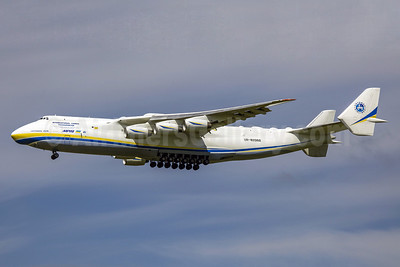Antonov Airlines Antonov An-225 Mriya UR-82060 (msn 19530503763) SNN (SM Fitzwilliams Collection). Image: 912200.