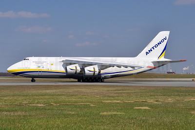 Antonov Airlines Antonov An-124-100 UR-82072 (msn 9773053359136) BWI (Tony Storck). Image: 941571.