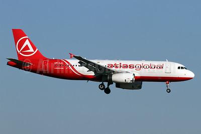 AtlasGlobal (Ukraine) Airbus A320-232 UR-AJC (msn 1663) ZRH (Andi Hiltl). Image: 935806.