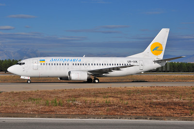 Dniproavia Boeing 737-3L9 UR-IVK (msn 24571) AYT (Ton Jochems). Image: 953927.