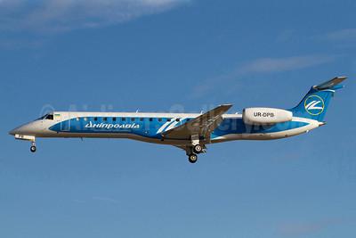 Dniproavia Embraer ERJ 145LR (EMB-145LR) UR-DPB (msn 145250) ARN (Stefan Sjogren). Image: 906470.