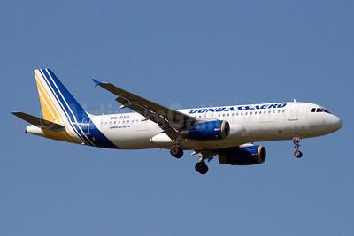 Donbassaero Airlines Airbus A320-233 UR-DAD (msn 747) DME (OSDU). Image: 906257.