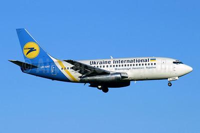Ukraine International Airlines Boeing 737-247 UR-GAC (msn 23188) LGW (Antony J. Best). Image: 954469.